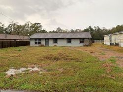 Bank Foreclosures in LUMBERTON, TX