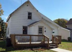 Bank Foreclosures in LAKE MILLS, IA