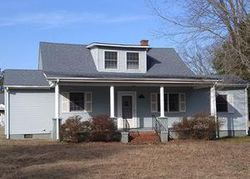 Bank Foreclosures in CHARLES CITY, VA