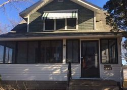 Bank Foreclosures in LE SUEUR, MN