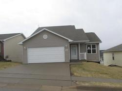 Bank Foreclosures in DUBUQUE, IA