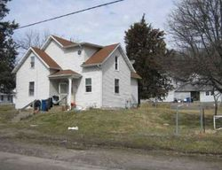 Bank Foreclosures in MUSCATINE, IA