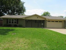 Bank Foreclosures in NEDERLAND, TX