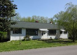 Bank Foreclosures in VINE GROVE, KY