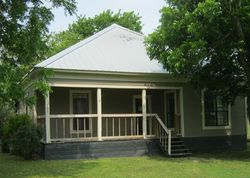 Bank Foreclosures in LOCKHART, TX