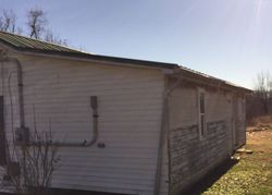 Bank Foreclosures in BIG CLIFTY, KY