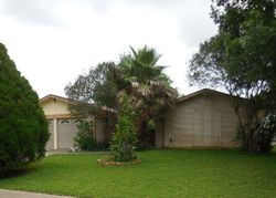 Bank Foreclosures in UNIVERSAL CITY, TX