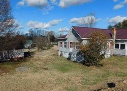 Bank Foreclosures in PARKERS LAKE, KY