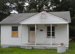 Bank Foreclosures in PETERSBURG, VA