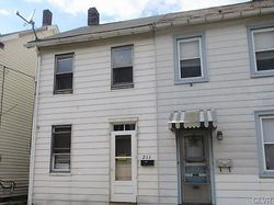 Bank Foreclosures in EASTON, PA
