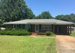 Bank Foreclosures in GREENWOOD, SC