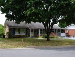 Bank Foreclosures in FRONT ROYAL, VA