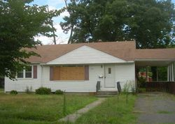 VINELAND Foreclosure