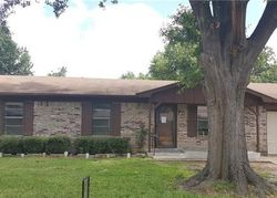 Bank Foreclosures in SULPHUR SPRINGS, TX