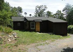 Bank Foreclosures in FINCASTLE, VA