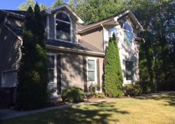 Bank Foreclosures in SHELTON, CT
