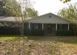 Bank Foreclosures in LELAND, MS