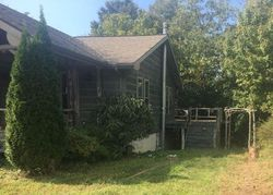 Bank Foreclosures in BURKESVILLE, KY