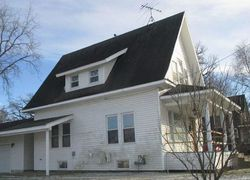 Bank Foreclosures in CLEAR LAKE, IA