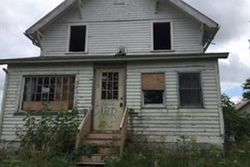 Bank Foreclosures in REINBECK, IA