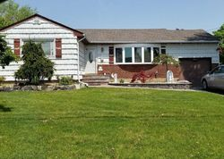 Bank Foreclosures in DEER PARK, NY
