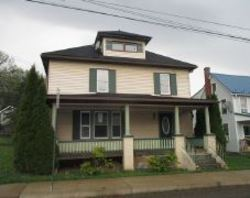 Bank Foreclosures in BLOOMSBURG, PA
