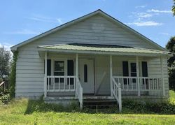 Bank Foreclosures in CANMER, KY
