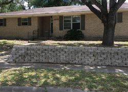 Bank Foreclosures in BEEVILLE, TX