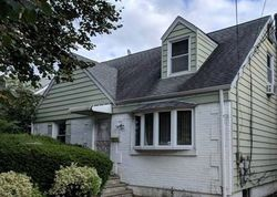 Bank Foreclosures in NEW HYDE PARK, NY