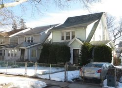 Bank Foreclosures in SAINT ALBANS, NY