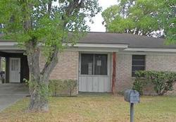 Bank Foreclosures in HALLETTSVILLE, TX