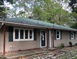 Bank Foreclosures in MASTIC BEACH, NY