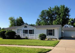 Bank Foreclosures in GRINNELL, IA