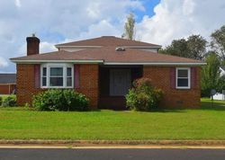 Bank Foreclosures in COLONIAL BEACH, VA