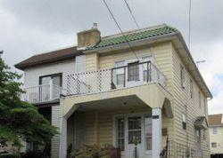 Bank Foreclosures in LANSDOWNE, PA