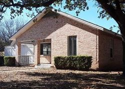 Bank Foreclosures in EASTLAND, TX