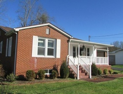 Bank Foreclosures in CLINTWOOD, VA
