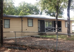 Bank Foreclosures in QUINLAN, TX