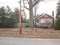 Bank Foreclosures in CUYAHOGA FALLS, OH
