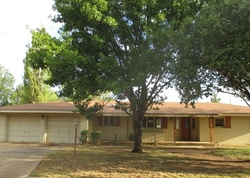 Bank Foreclosures in HALE CENTER, TX