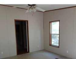 Bank Foreclosures in HUNTINGTON, TX
