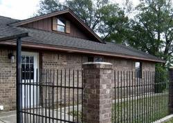 Bank Foreclosures in WAELDER, TX