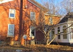 Bank Foreclosures in HOPKINTON, IA