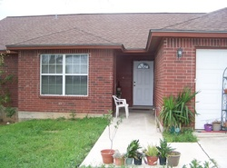 Bank Foreclosures in FLORESVILLE, TX