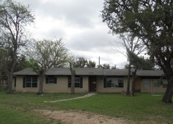 Bank Foreclosures in CENTER POINT, TX