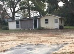Bank Foreclosures in WALLACE, SC