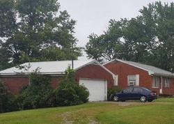 Bank Foreclosures in PENDLETON, KY