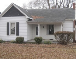 Bank Foreclosures in NEW HOLLAND, OH