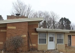 Bank Foreclosures in EAGLE GROVE, IA