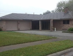 Bank Foreclosures in VICTORIA, TX